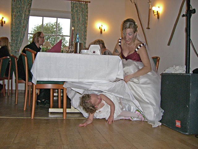 schlechte verstecke / schwicheldt 2006 / foto: nils hendrik mueller