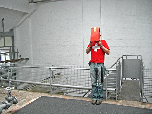 schlechte verstecke / lübeck 2006 / foto: nils hendrik mueller